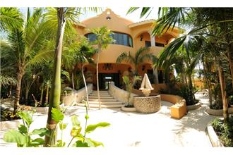 Hacienda Caracol - 9BR Home + Private Pool