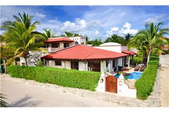 Villa Del Mar - 4BR Home + Private Pool