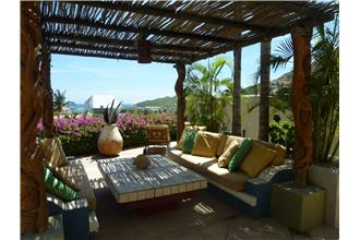 Casa Belleza - 4BR Home + Private Hot Tub + Private Pool