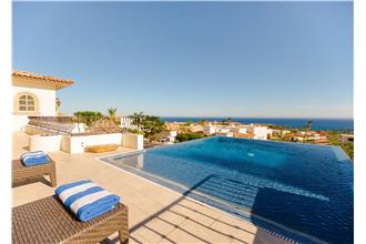 Villa De Los Faros - 6BR + Den Home + Private Hot Tub + Private Pool