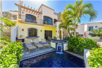 Villa De Tres Hermanas - 4BR Home + Private Hot Tub + Private Pool